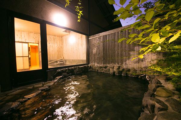 湯布院でも当館だけの岩盤浴。発汗作用により新陳代謝の活性化が図れます。